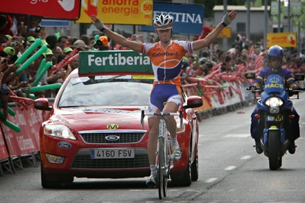 Lars Boom proved himself as a strong stage racer after winning stage 15 of the 2009 Vuelta a España.