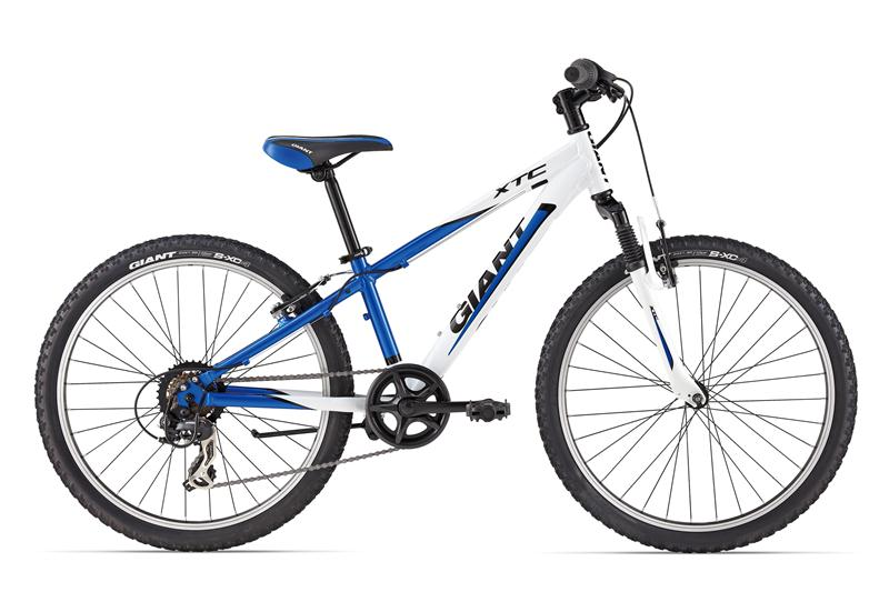 http://www.giant-bicycles.com/_generated/_generated_in/bikes/models/images/800/2014/XtC_Jr_2_24_v2.jpg
