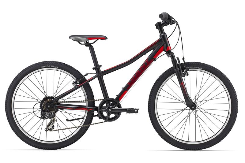 http://www.giant-bicycles.com/_generated/_generated_in/bikes/models/images/800/2015/XtC_Jr_2_24_Black.jpg