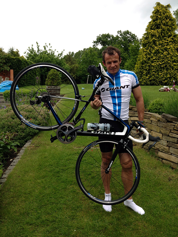 austin healey rides from giant normanton rutland cycling. Black Bedroom Furniture Sets. Home Design Ideas